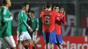 Chile vence a México en su debut de la Copa América 2011
