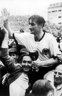 Walter se convirtió en un ídolo en Alemania que perdura hasta hoy en día inculcando la mentalidad imperante en el futbolista teutón