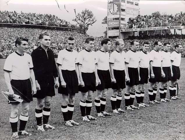 Los alemanes ganaron su primer Mundial tras remontar un 2-0 inicial de Hungría